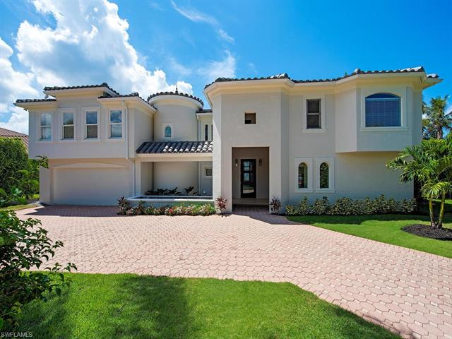 680 Regatta Rd, Naples, FL 34103