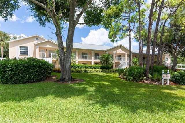 781 Wiggins Lake Dr 1-205, Naples, FL 34110