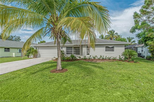 27214 Barefoot Ln, Bonita Springs, FL 34135