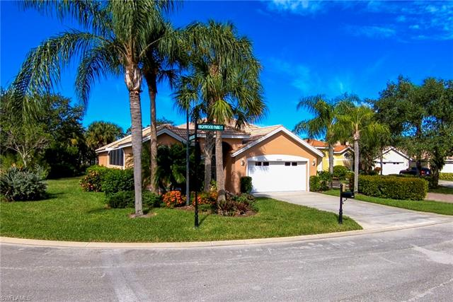6065 Highwood Park Ct, Naples, FL 34110