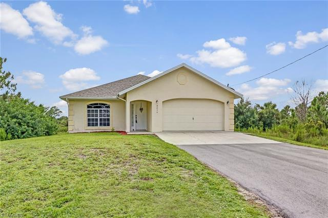 3254 62nd Ave Ne, Naples, FL 34120
