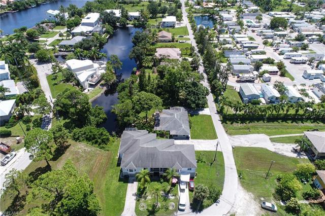 3625 Riviera Cir, Bonita Springs, FL 34134