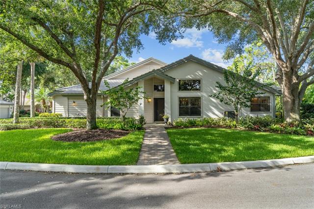 27120 Kindlewood Ln, Bonita Springs, FL 34134