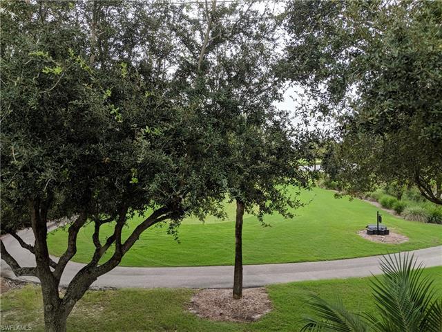 1340 Charleston Square Dr 4-203, Naples, FL 34110