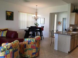 6867 Sterling Greens Dr 102, Naples, FL 34104