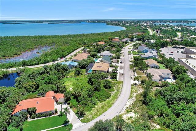 1851 Dogwood Dr, Marco Island, FL 34145