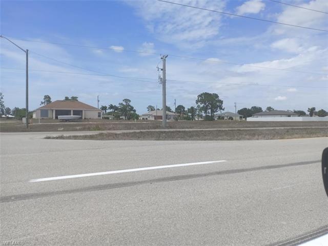 2129 Kismet Pky W, Cape Coral, FL 33993