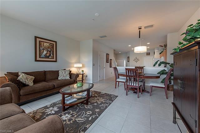 16207 Ravina Way, Naples, FL 34110