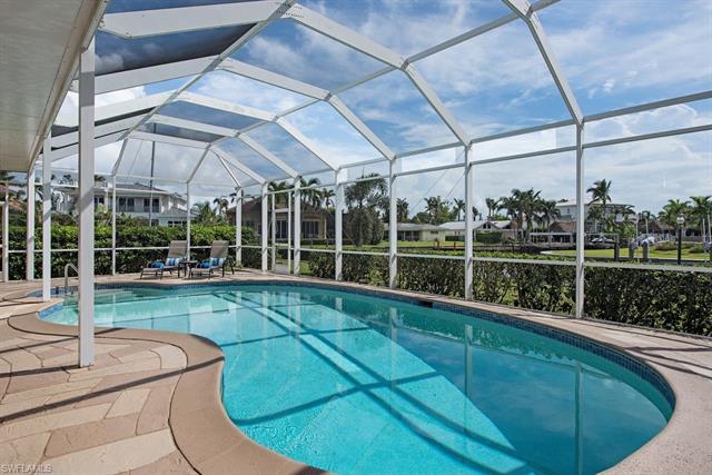 1809 Kingfish Rd, Naples, FL 34102