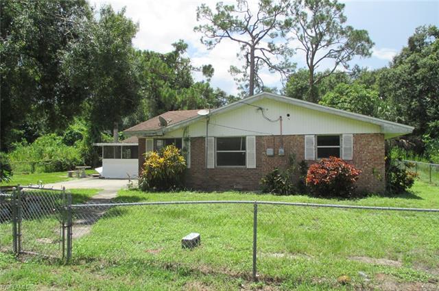 841 Fordson Ave, Labelle, FL 33935