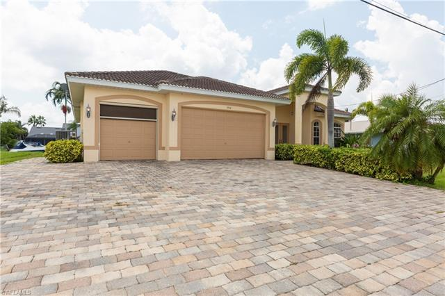 1910 32nd St, Cape Coral, FL 33904