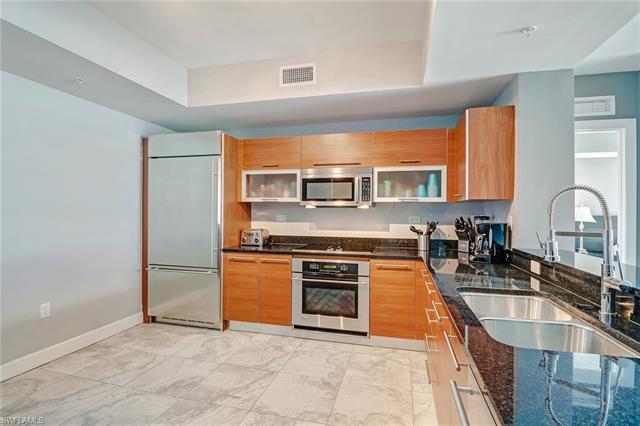 3000 Oasis Grand Blvd 2204, Fort Myers, FL 33916