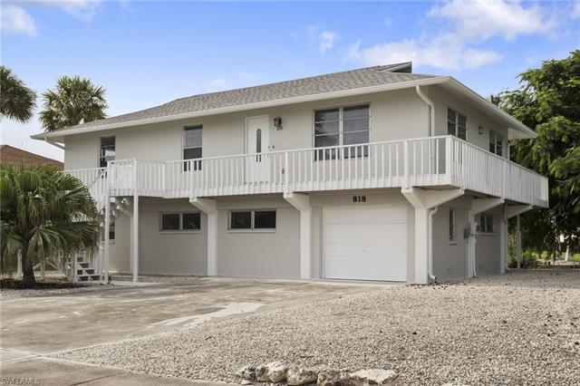 818 Dandelion Ct, Marco Island, FL 34145