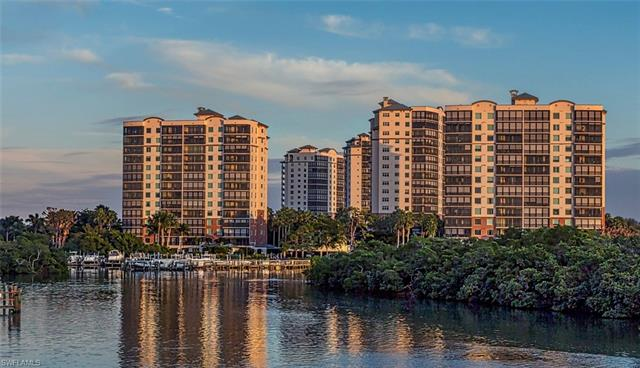 425 Cove Tower Dr 1401, Naples, FL 34110