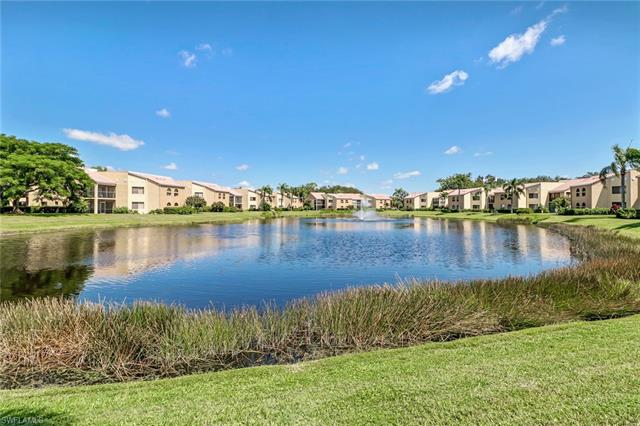 595 Beachwalk Cir M-202, Naples, FL 34108