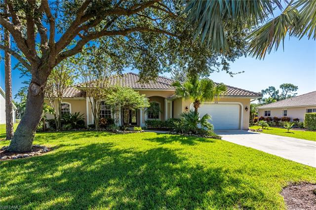 162 Palmetto Dunes Cir, Naples, FL 34113