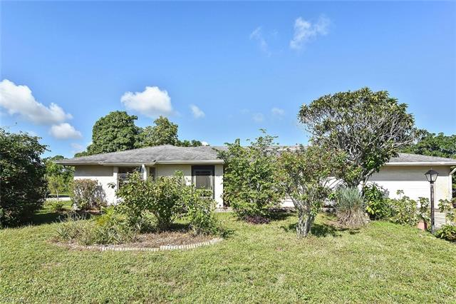279 Ground Dove Cir, Lehigh Acres, FL 33936