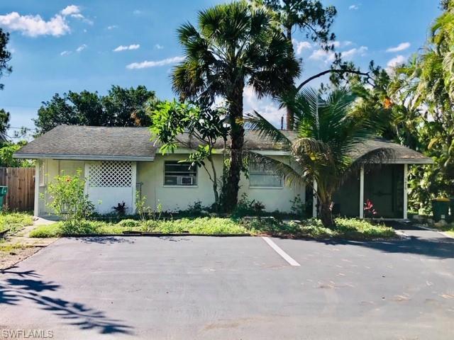 5477 Carlton St 79, Naples, FL 34113