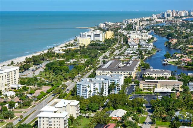 1300 Gulf Shore Blvd N 505, Naples, FL 34102
