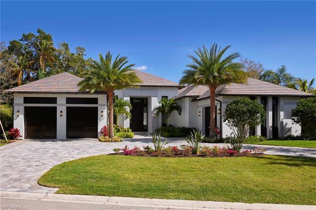 541 Whispering Pine Ct, Naples, FL 34103