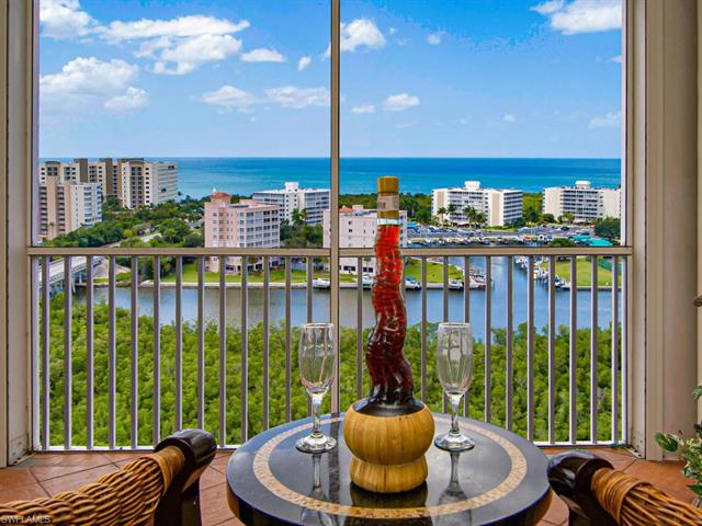 300 Dunes Blvd Ph-6, Naples, FL 34110