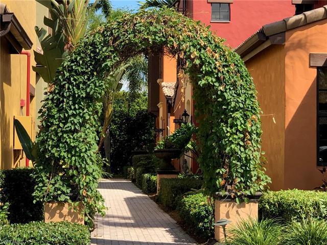 9084 Chula Vista St 107-3, Naples, FL 34113