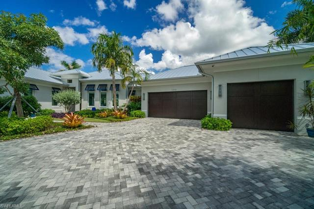 1310 Cobia Ct, Naples, FL 34102