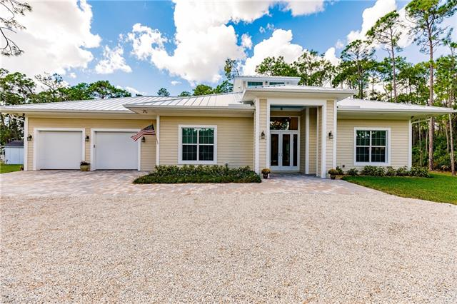 25230 Papillion Dr, Bonita Springs, FL 34135