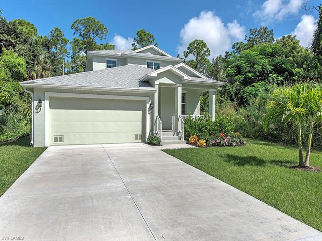 2955 Pine Tree Dr, Naples, FL 34112