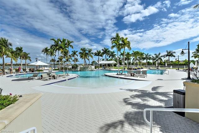 14602 Tropical Dr, Naples, FL 34114