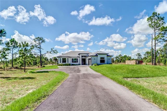 4565 Everglades Ave N, Naples, FL 34120