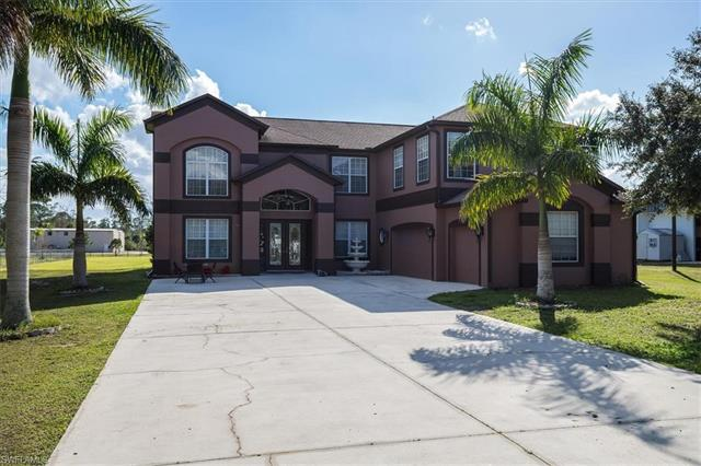 2950 Trail Dairy Cir, North Fort Myers, FL 33917