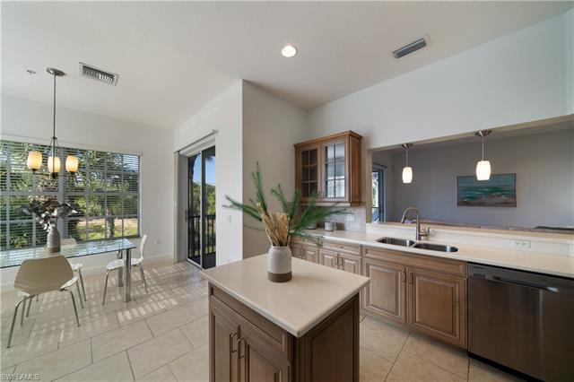 9193 Quartz Ln 201, Naples, FL 34120