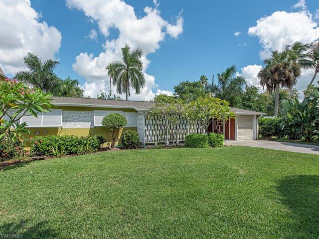 1161 Christopher Ct, Naples, FL 34104
