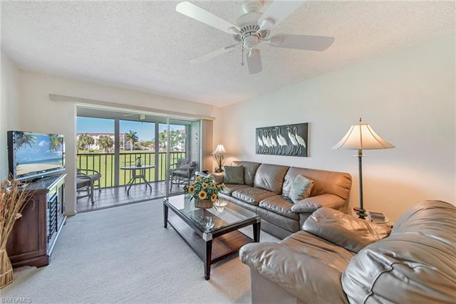 9 High Point Cir N 206, Naples, FL 34103