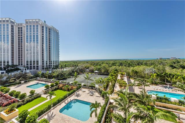 7117 Pelican Bay Blvd 503, Naples, FL 34108