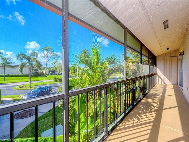 175 Palm Dr 19-j, Naples, FL 34112