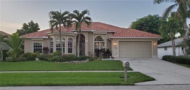 1338 Freeport Ave, Marco Island, FL 34145