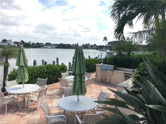 3450 Gulf Shore Blvd N 308, Naples, FL 34103
