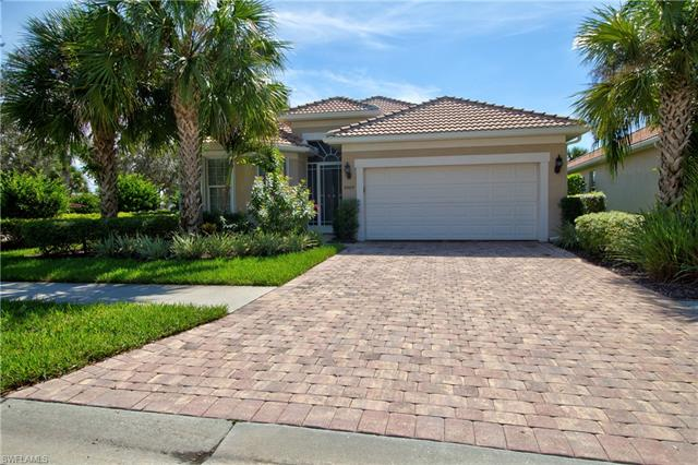 8464 Benelli Ct, Naples, FL 34114