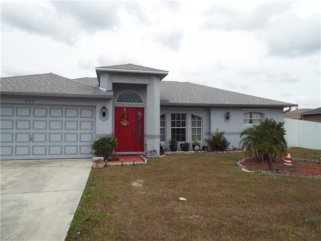 223 Blackstone Dr, Fort Myers, FL 33913