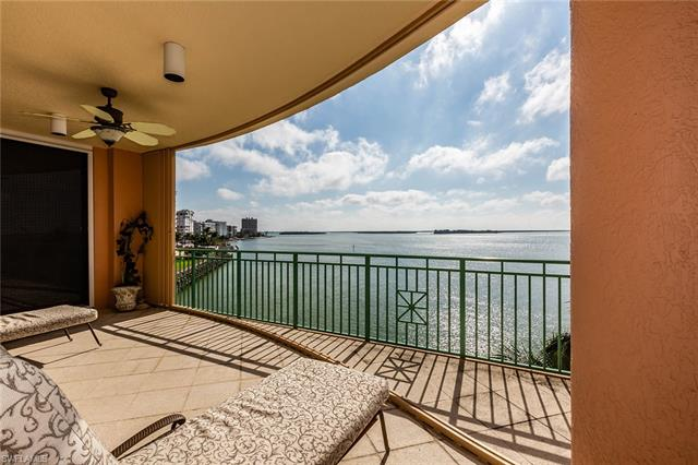 970 Cape Marco Dr 402, Marco Island, FL 34145