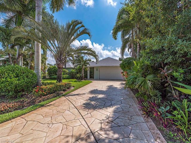2254 Prince Ln, Naples, FL 34112