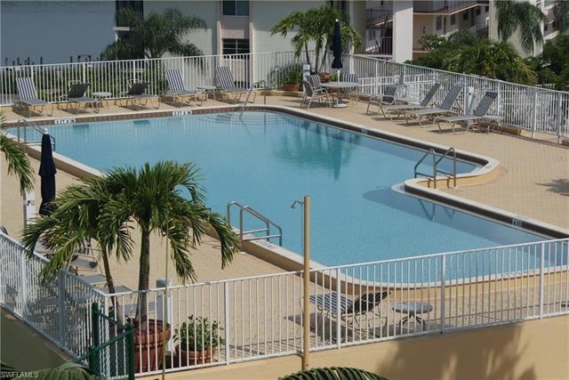 410 Bayfront Pl 2502, Naples, FL 34102
