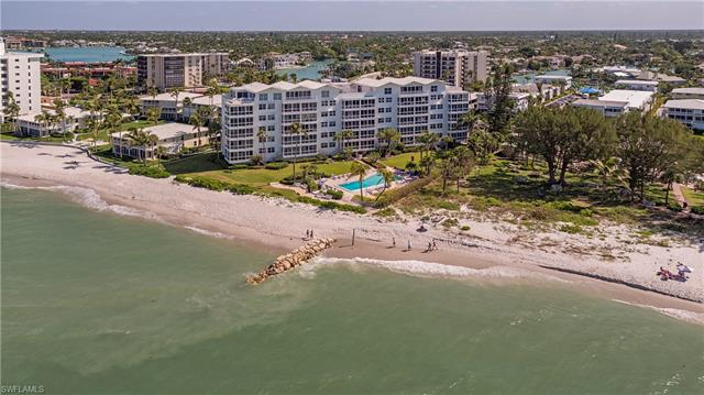 2121 Gulf Shore Blvd N 207, Naples, FL 34102