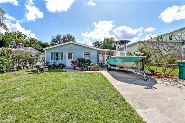2724 Van Buren Ave, Naples, FL 34112