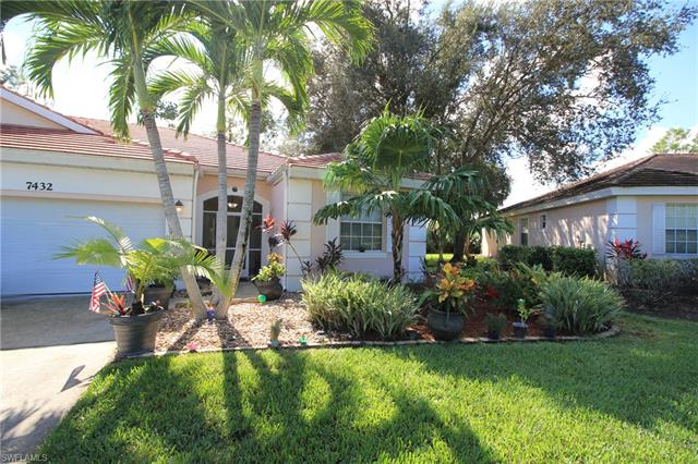 7432 Berkshire Pines Dr, Naples, FL 34104