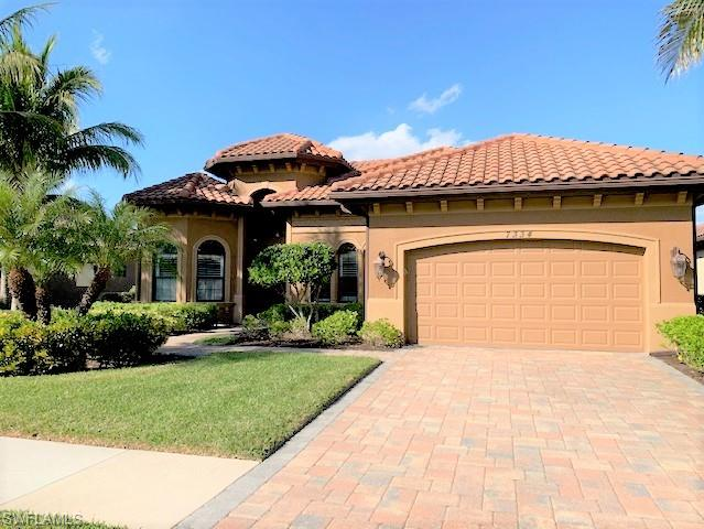 7334 Acorn Way, Naples, FL 34119