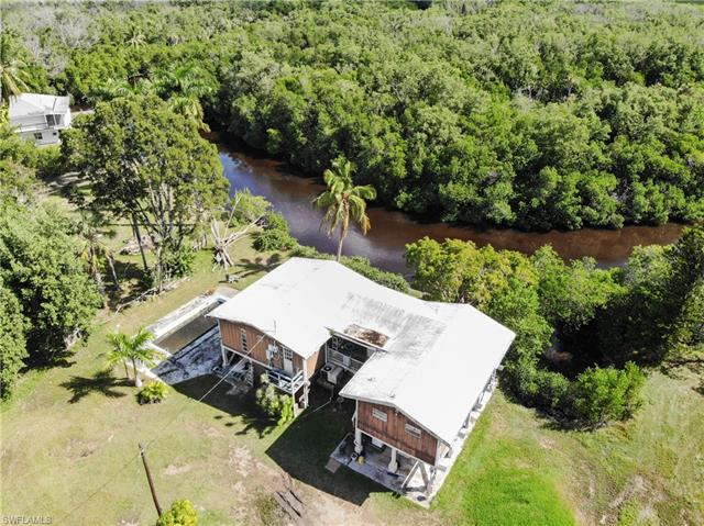 3 Plantation Pky, Everglades City, FL 34139