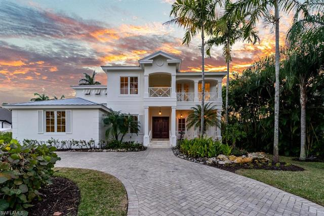 428 Rudder Rd, Naples, FL 34102
